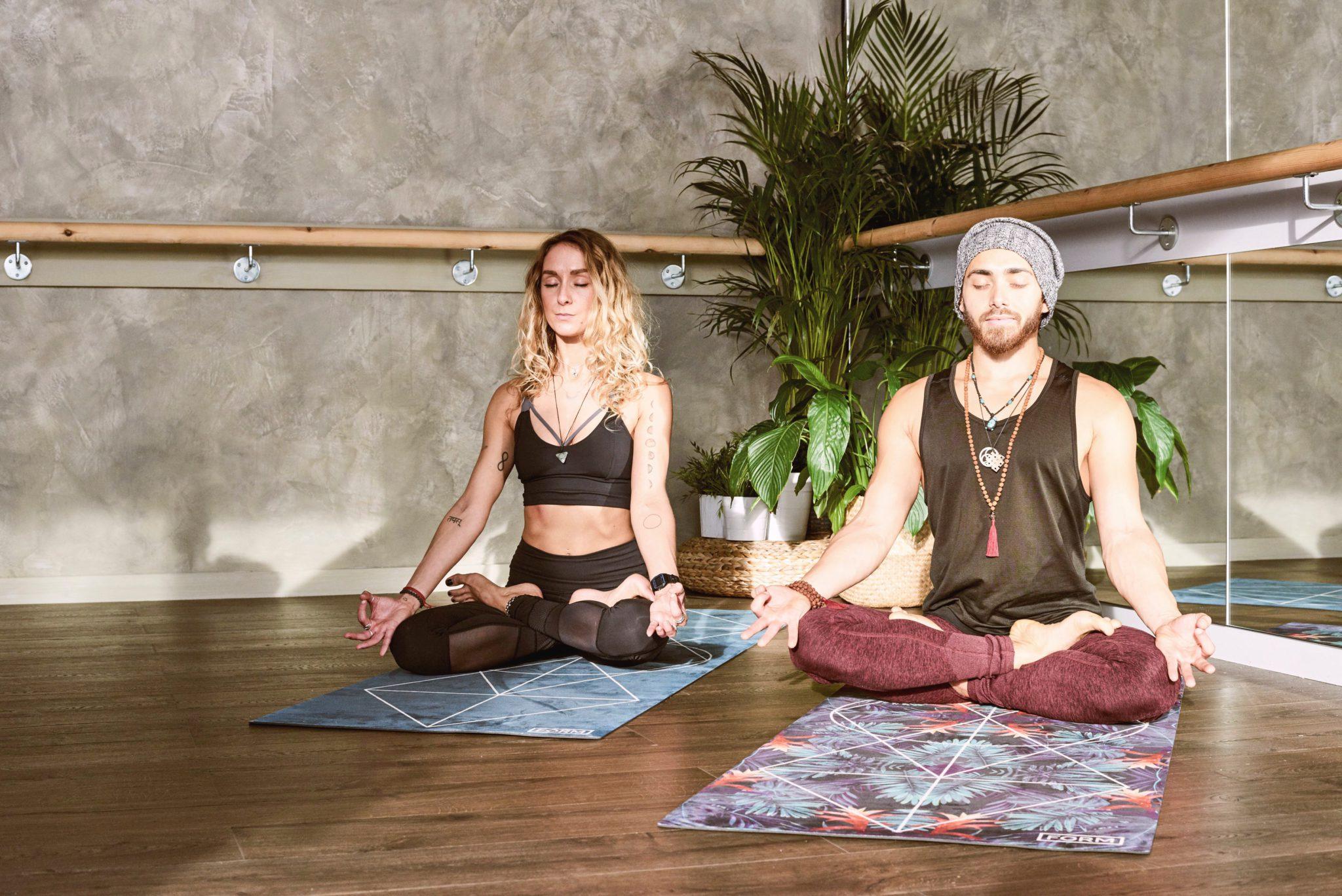 chakra meditation, meditating