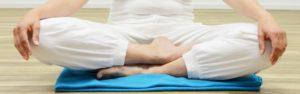 crossed legs meditation